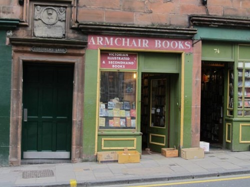 Bookstore, Quaint x